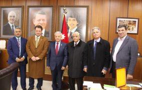 بحث التعاون بين اليرموك والمرصد الوطني