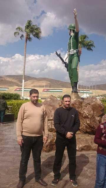 شباب عبين وعجلون ينفذان مبادرة قافلة إلى النصب التذكاري
